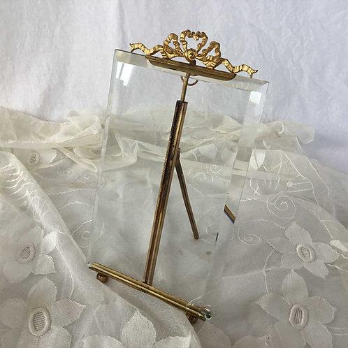 フランス アンティーク ガラスと真鍮 リボンのオルモル装飾 フォトスタンド フォトフレーム 写真なし 20 cm (送料無料)