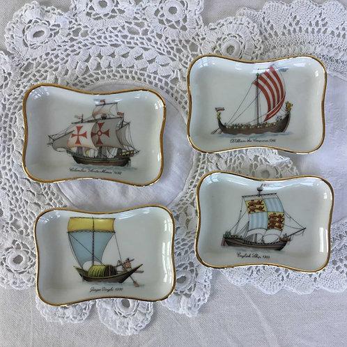 (4枚セット) フランス リモージュ トレー 小皿 小物入れ 船モチーフ 金縁