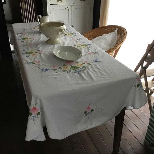 フランス アンティーク コットン テーブルクロス アップリケ 花柄B ブルーエッジ オーバル 166 x 240 cm (送料無料)
