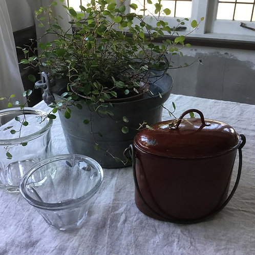 フランス アンティーク 小さいホーローポット 蓋付き オーバル 赤茶