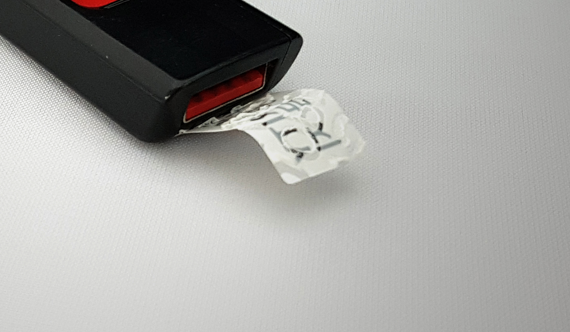 USB봉인_확대샷_1