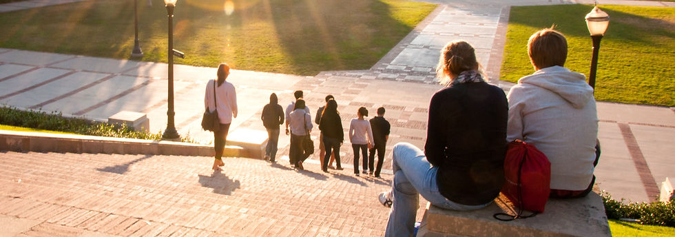 students-soaking-in-the-afternoon-sun-at-the-end-of-the-day-ucla-campus-in-los-angeles_t20