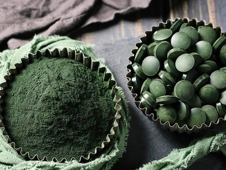 Spirulina, die wertvolle Alge für deine Gesundheit