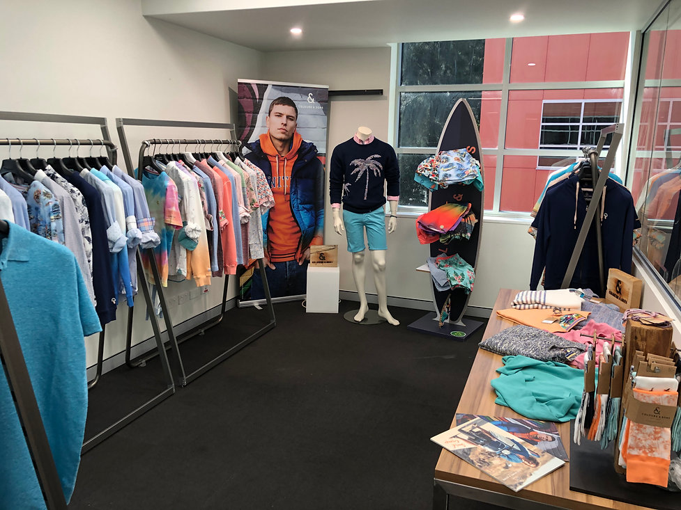 Colours & Sons BE Showroom SS21