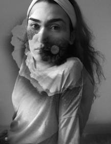 Portrait de la comédienne Katia Santos-Cottin