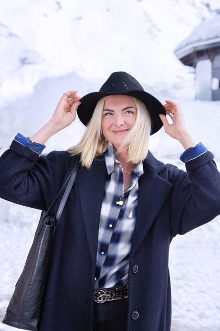 ValdIsere-LOOK16-CAMILLE-manteau+chemise