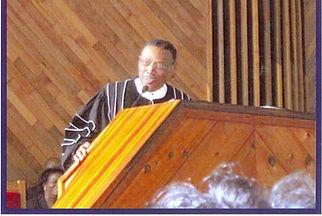 Pastor Davis.jpg