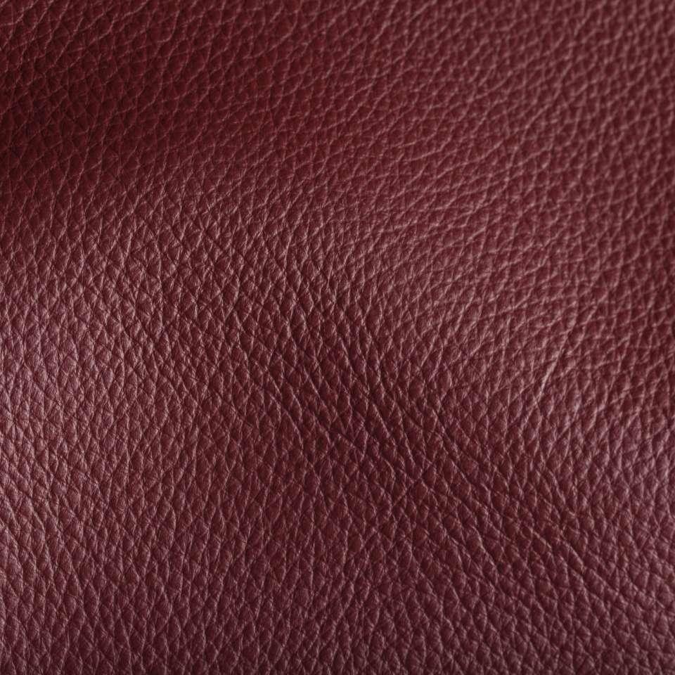 Deer Run Cranberry Leather Tile