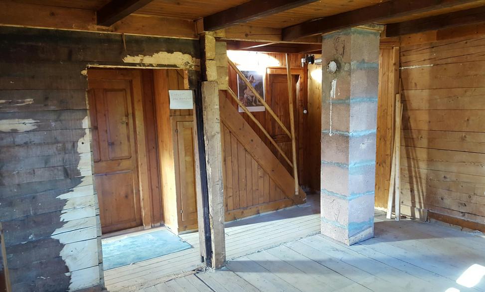 Rénovation fondations Chalet - Menuiserie Valais, Suisse