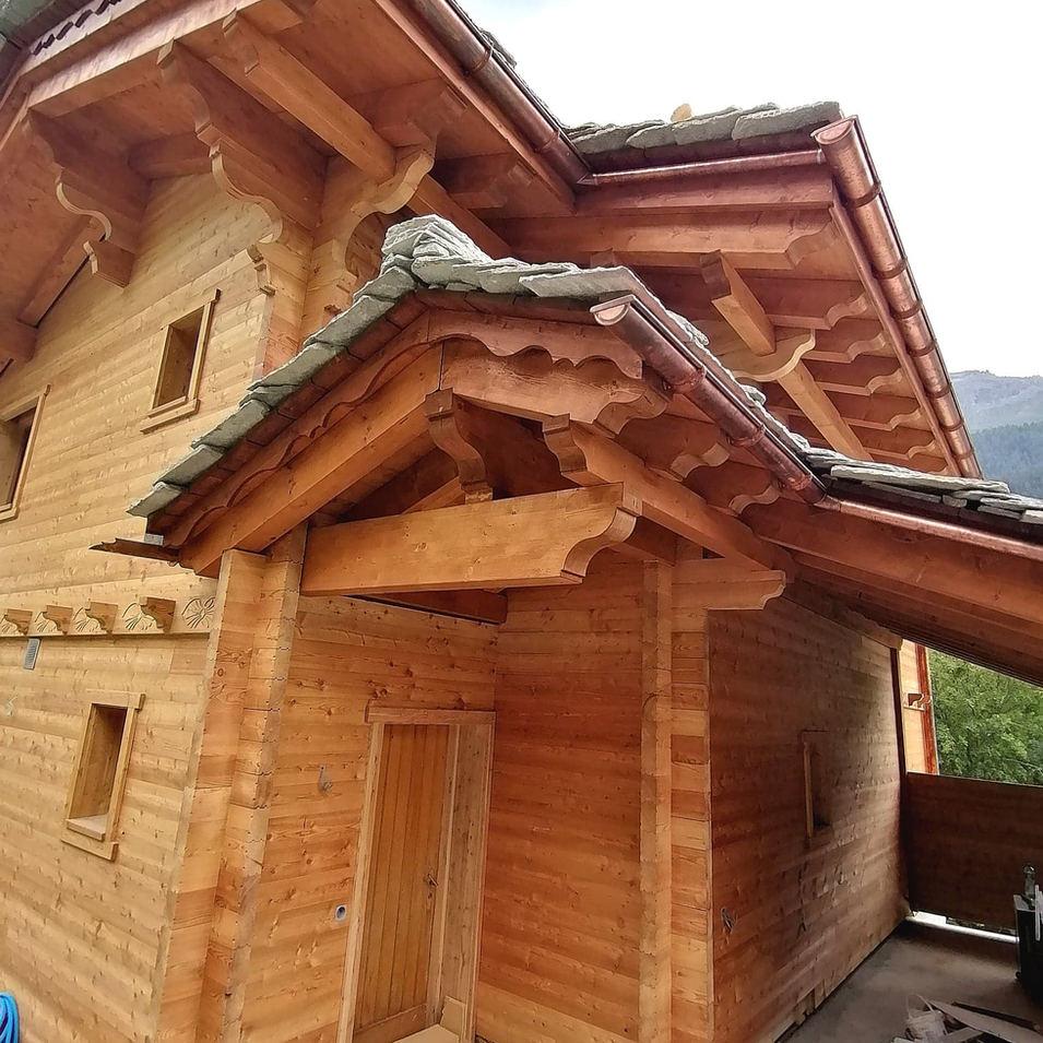 Magnifique toiture en pierre Ollaire