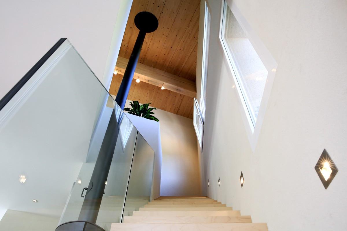Escaliers bois sur mesure contemporain - Menuiserie