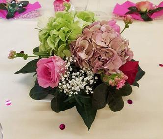Un bouquet pour une table de mariage au Moulin Semblanet