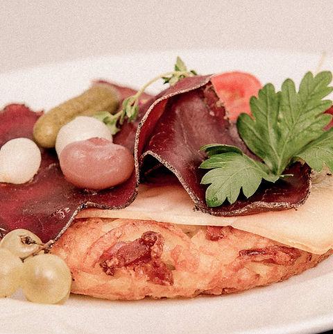 Le Carrefour - restaurant verbier 12.jpg