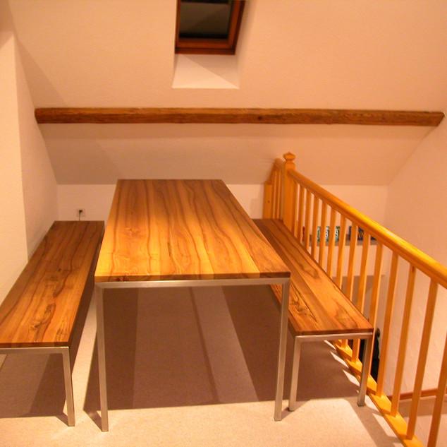 Table et banc avec pied acier