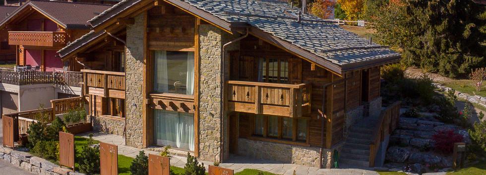 Construction chalet bois et pierres