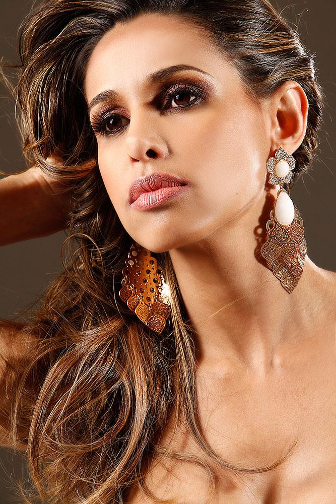 Foto: Edu Fuica Modelo: Taty Smith Make up and Hair: Sandra Costa Filmagem e Edição de Vídeo: Erik Almeida