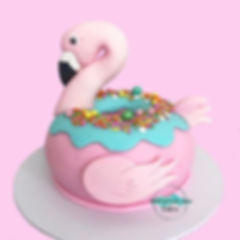 Thursday_Throw🔙_to_my_Flamingo_Donut_Cake_💗_Still_one_of_my_all_time_favourite_cakes_I've_made_🥰_