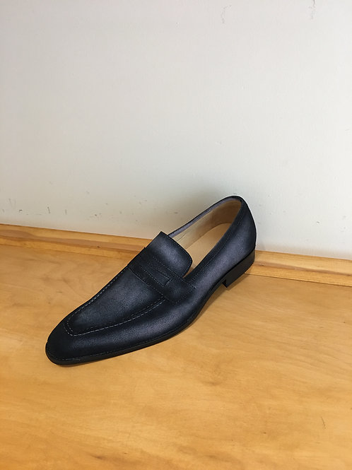 Carrucci Grey Suede Penny Loafer