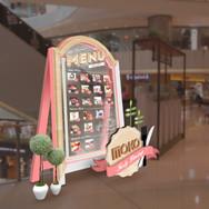 moko_dining_display.jpg