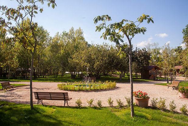 009-giardino della Madonnnina.jpg