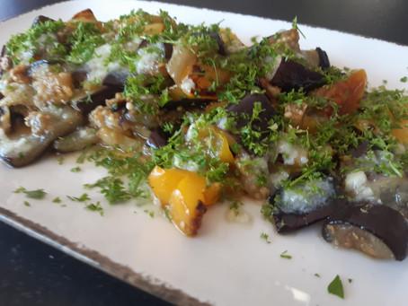 Auberginen Salat mit Paprika