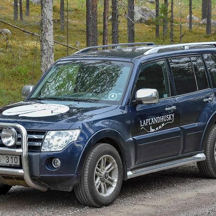 Car at laplandhusky in Swedish Laplandhusky