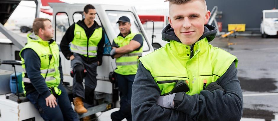"""Lidosta """"Rīga"""" aicinās darbā vairāk nekā 200 darbiniekus"""