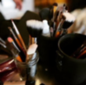 MAKEUP_BRUSHES_ARMANDO_SARABIA.png