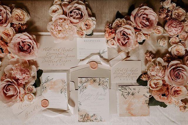 Floral Romantic watercolor invitation se