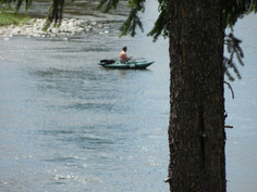 Paddling and boating are activities close to Iron Horse!