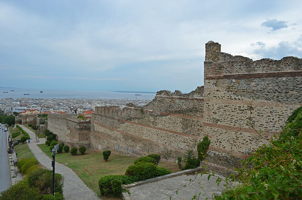 Walls of Thessaloniki.jpg