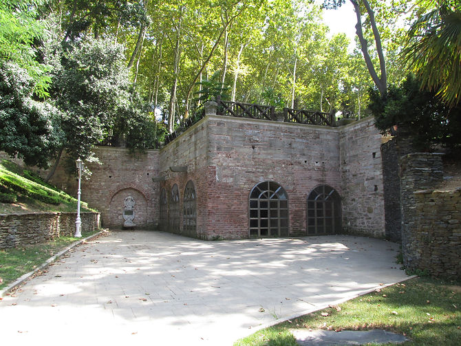 Gülhane Park Cistern.jpg