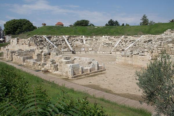 Λάρισα,_αρχαίο_Θέατρο_Α_1.jpg