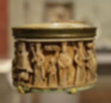 Pyxis with Imperial Families and Ceremon