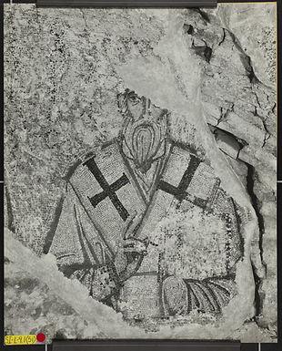 Lunette Bay 3, east side, fragment of Pa