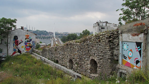 Walls of Galata.jpg