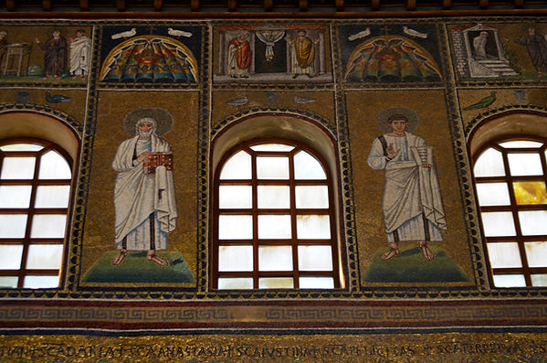 Basilica of Sant'Apollinare Nuovo.jpg