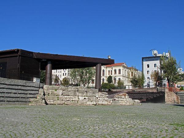 Palace of Lausus.jpg