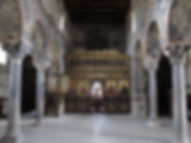 The_interior_of_the_old_Metropolitan_Chu