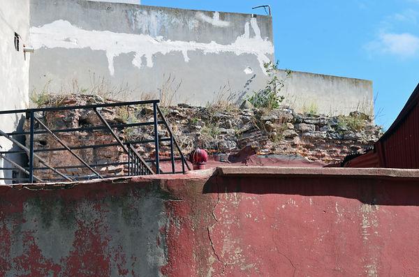 Wall of Nikephoros Phokas.jpg