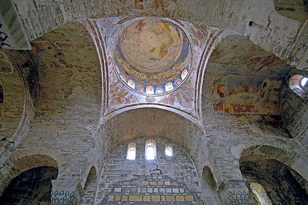 Trabzon_Hagia_Sophia_Interior_4881.jpg