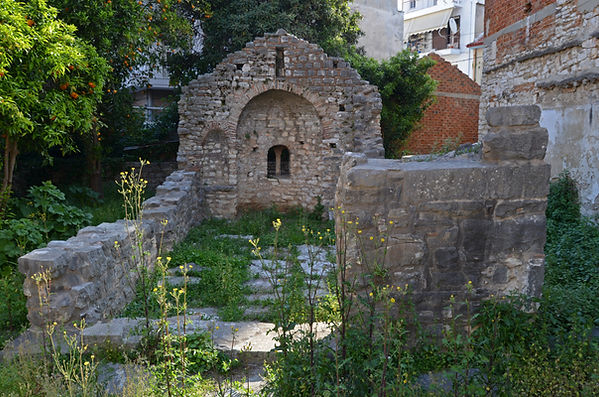 Ruins of Church of St. Luke, Arta.jpg