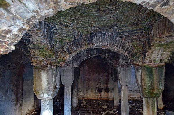 Kirmasti Cistern.jpg