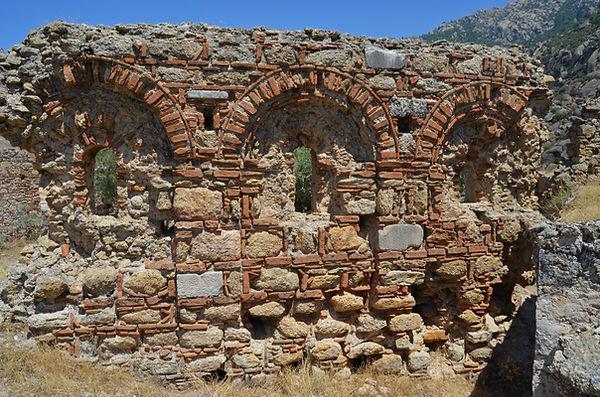 Kellibaron Monastery (Latmos).jpg