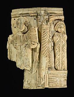 Pyxis of Lazarus, 6th-8th century.jpg