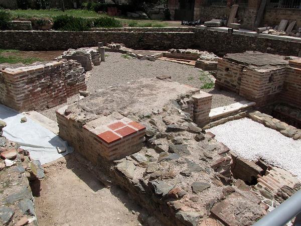 Rotunda of Galerius (Thessaloniki).jpg