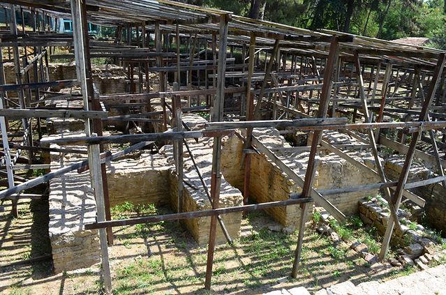 Bath of Dragos Archaeological Site.jpg