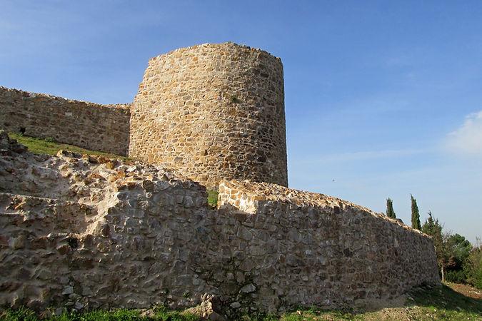 Aydos Castle.jpg