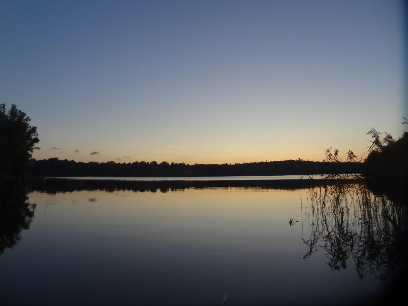 Eén van de mooie meren waar Zweden er zo veel van heeft