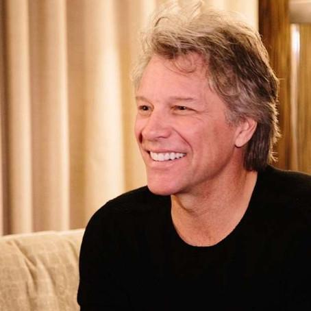 Ο Jon Bon Jovi τραγουδά στίχους θαυμαστών του